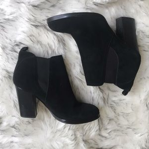 Black Marc Fisher Ankle Booties Size 10